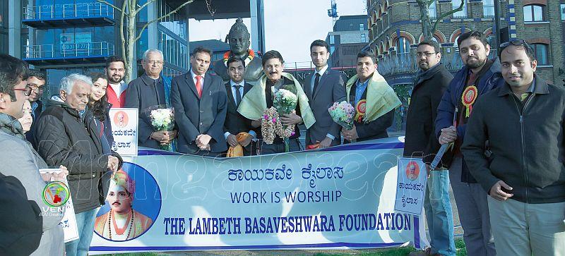 Sandalwood star Ramesh Aravind pays tribute to Basaveshwara statue in London